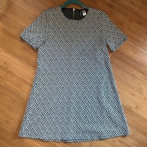 H&M structured short sleeve shift dress